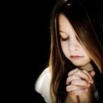 Wat zegt de Bijbel over gebed